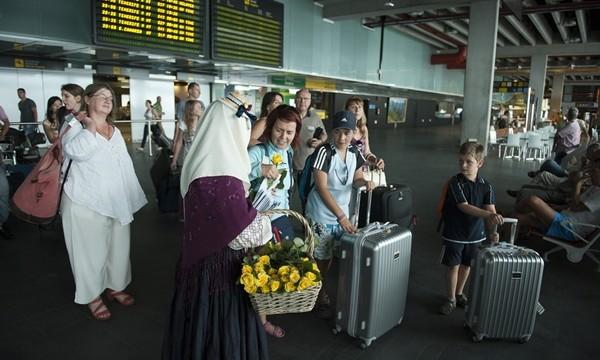 El aeropuerto de La Palma lidera en Canarias el aumento de pasajeros extranjeros