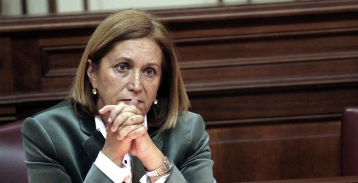 """Roldós dice que los efectivos están en la zona donde se activó fuego de Gran Canaria y es """"más fácil actuar"""""""
