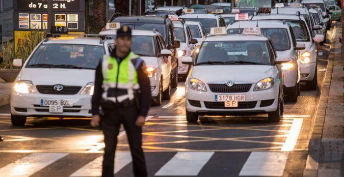 El Consistorio estima que no hay razones que justifiquen las movilizaciones del taxi