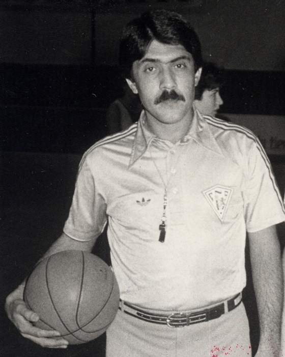 El gomero Manolo Hernández Cruz, durante su etapa como colegiado  DA