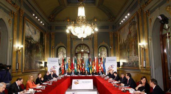 Rajoy avisa a las CCAA que aún se recaudan 20.000 millones menos que en 2007