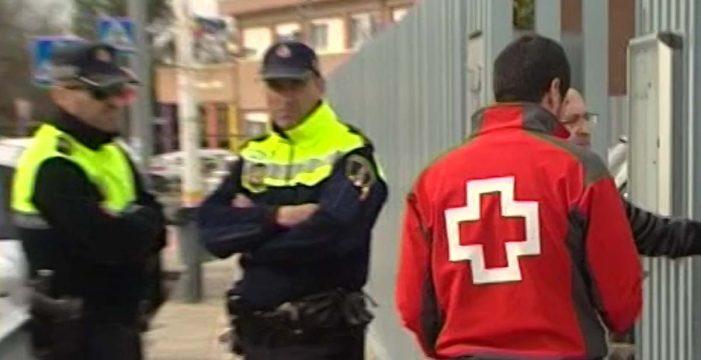 Detenido un menor por agredir con arma blanca a dos compañeros en Alicante