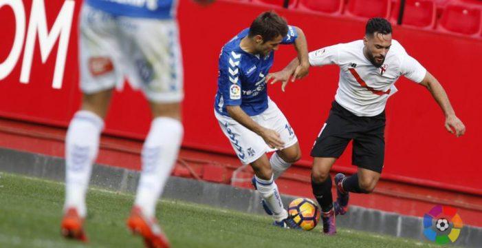 El CD Tenerife se trae un punto de Sevilla que consolida la racha