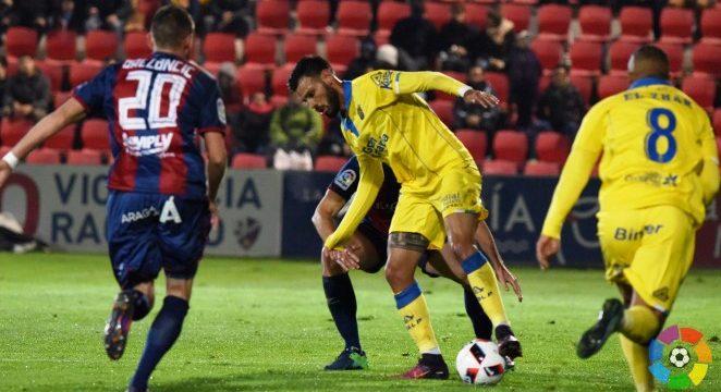 El centrocampista Tyronne se incorpora al club blanquiazul