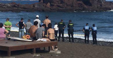 Canarias iguala la cifra de muertes en carretera a la de ahogamientos, con 25 fallecidos