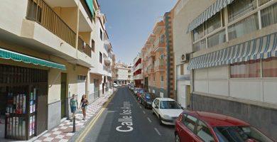 Herida tras caer de un balcón a otro en una vivienda de Tenerife