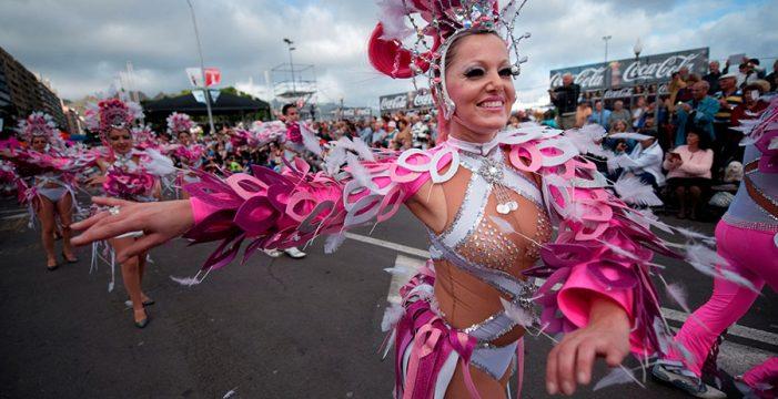 Los turistas podrán reservar por internet su asiento en el Carnaval de Santa Cruz