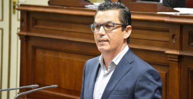 """Canarias vuelve a reírse con el vídeo """"machista"""" del candidato de CC por Gran Canaria"""