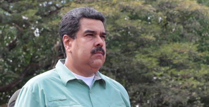 """Maduro inicia con una renovación de su Gobierno el 2017, """"el año de la contraofensiva"""""""
