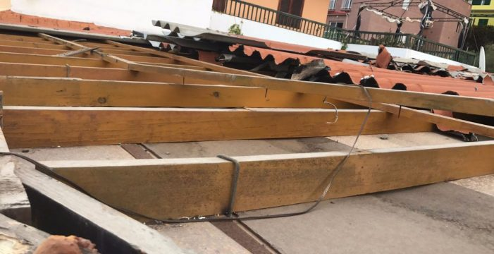 Cae un tejado en Valle  Gran Rey
