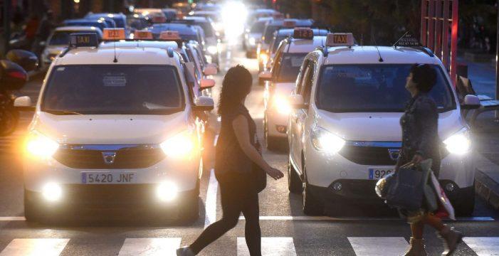Los taxistas de Santa Cruz ya pueden realizar sugerencias sobre rescate de licencias
