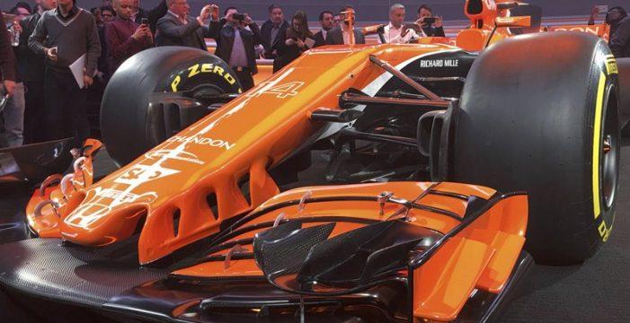 McLaren tiñe de naranja su nuevo MCL32