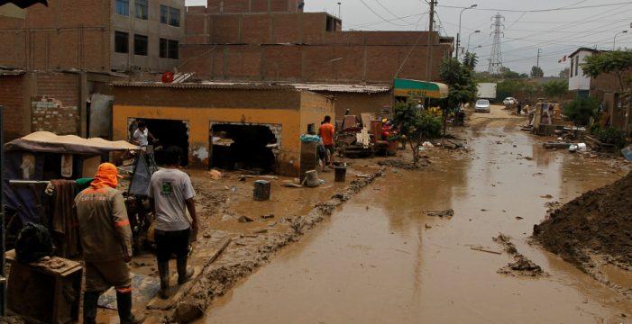 Más de 24.000 niños peruanos se han quedado sin hogar por las inundaciones
