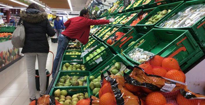 Los precios caen en Canarias un 0,6% en enero