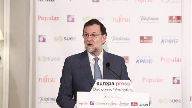 """Rajoy le recuerda a Homs que España tiene """"muy buena salud"""""""