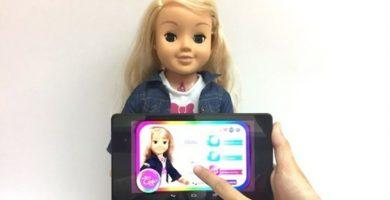 Alemania pide a los padres destruir la 'muñeca espía' de sus hijos, Cayla