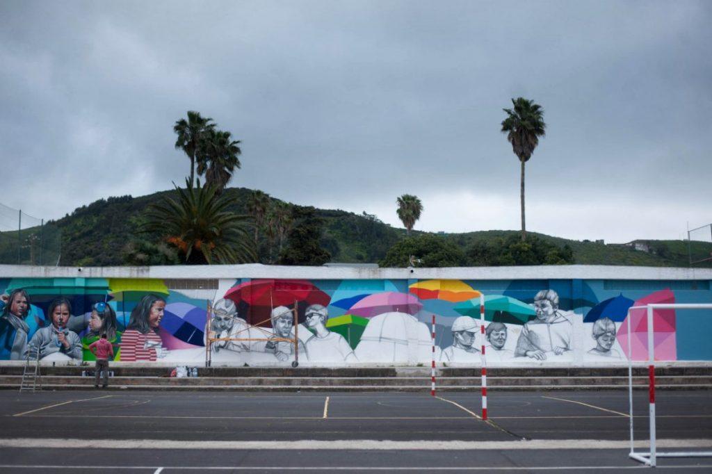 Un mural para reivindicar la lucha de años por una cancha cubierta