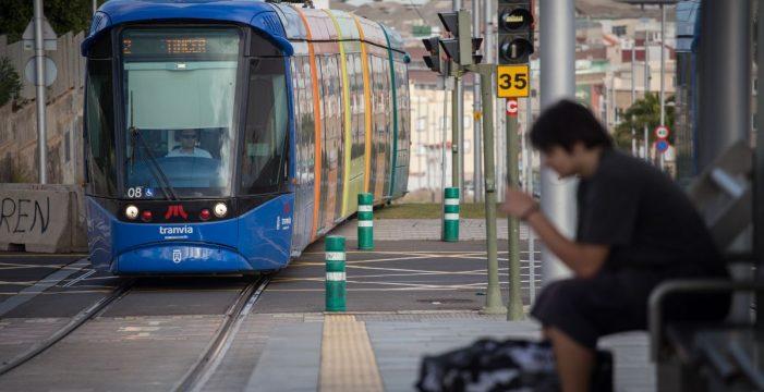 El tranvía comienza a operar con su horario de verano