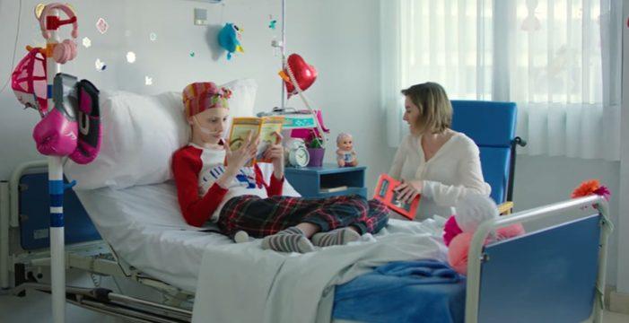 Juegaterapia lanza una campaña musical para niños con cáncer