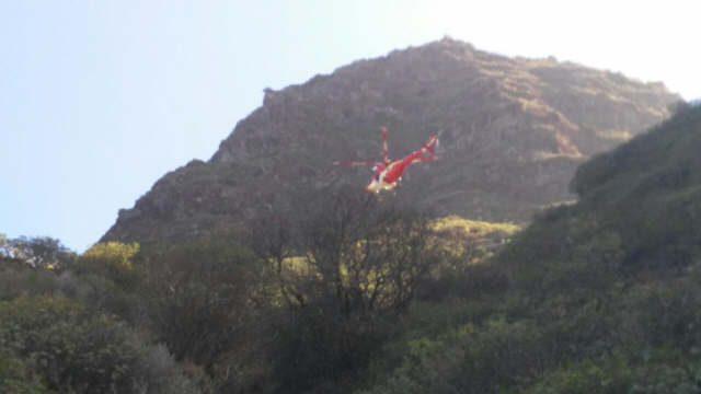 Un fallecido tras precipitarse un vehículo por un barranco en La Gomera