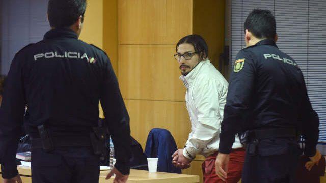La acusación comparte la sentencia judicial por el asesinato de Laura