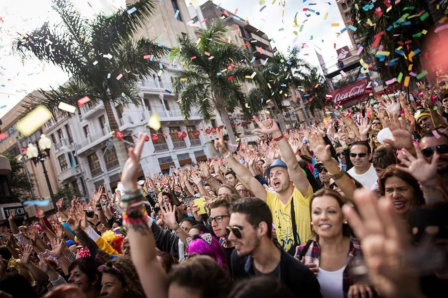 Resultado de imagen de barras carnaval calle santa cruz tenerife