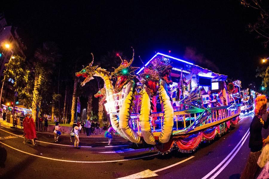 Resultado de imagen de carrozas carnaval tenerife