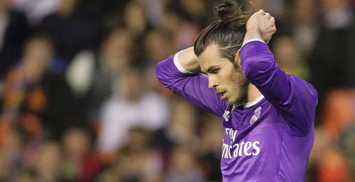 El Valencia tumba al Madrid y aprieta la pelea por la Liga