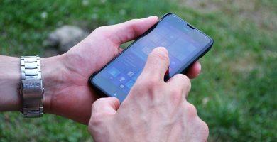 Facua denuncia a 14 telecos por tener líneas de atención al cliente de pago