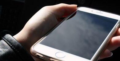 Detenidos dos jóvenes por robar el móvil a varias mujeres en una discoteca
