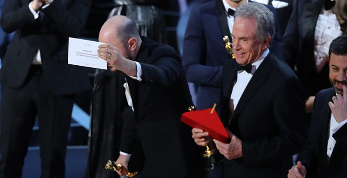'Moonlight' arrebata el Oscar a 'La La Land' tras un error histórico