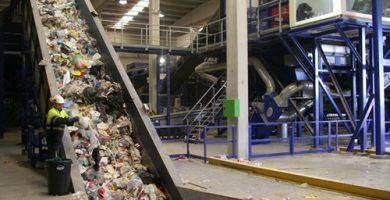 Fallece una operaria en una planta de tratamiento de residuos al quedar atrapada en una máquina