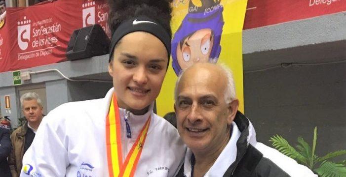 La palmera Rosanna Simón Álamo, campeona de España Senior de taekwondo