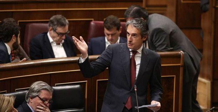 """Bruselas mete prisa a España: """"La reforma de  la estiba es esencial"""""""