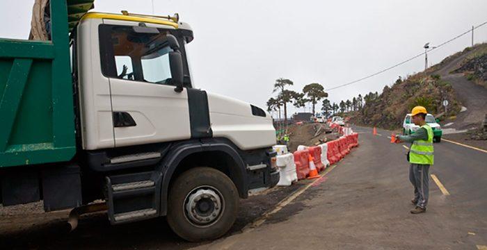 El Cabildo pide opinión a los municipios sobre zonas para industria pesada