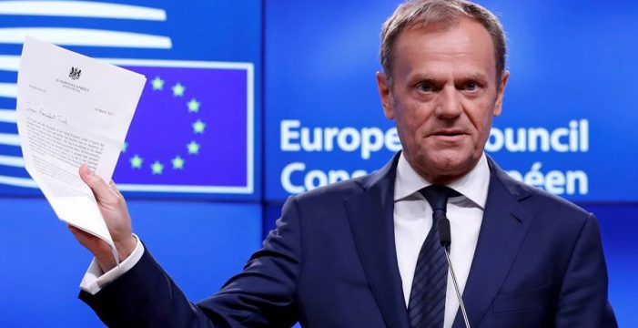 """Tusk, sobre el Brexit: """"No es un día feliz, ya os echamos de menos"""""""
