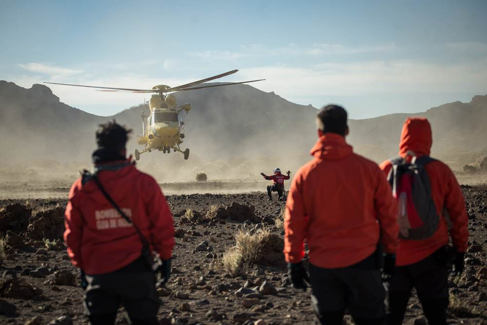 AG - RESCATE TEIDE HELICOPTEROS - 06.JPG