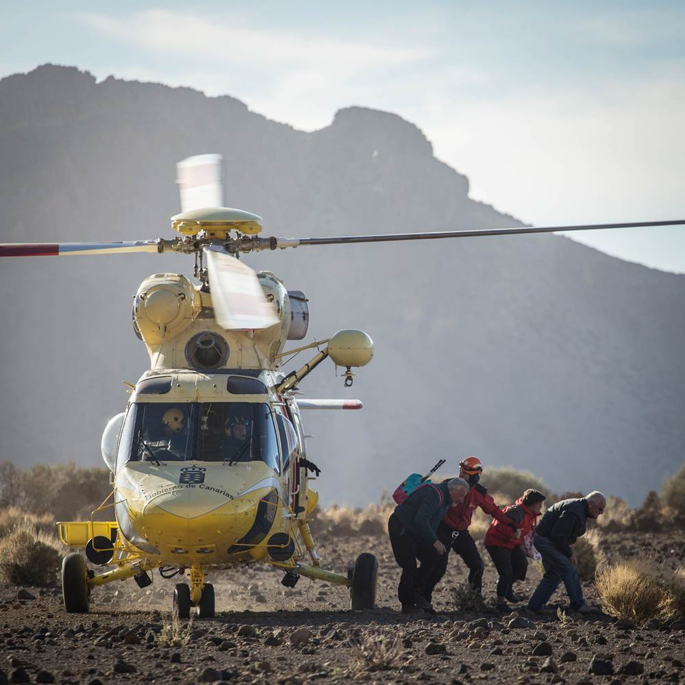 AG - RESCATE TEIDE HELICOPTEROS - 07.JPG