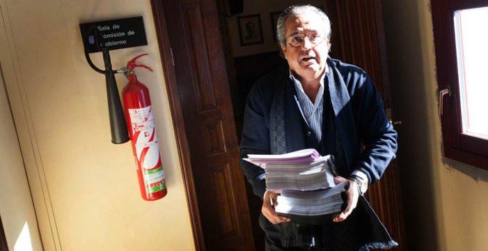 """Alarcó afirma que XTF-NC y Unid@s han convertido la comisión de  las grúas en un """"circo mediático"""""""