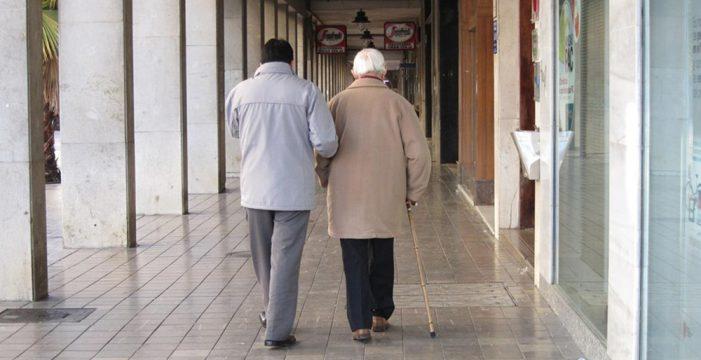 Cruz Roja detecta 54 posibles casos de malos tratos a mayores de Gran Canaria
