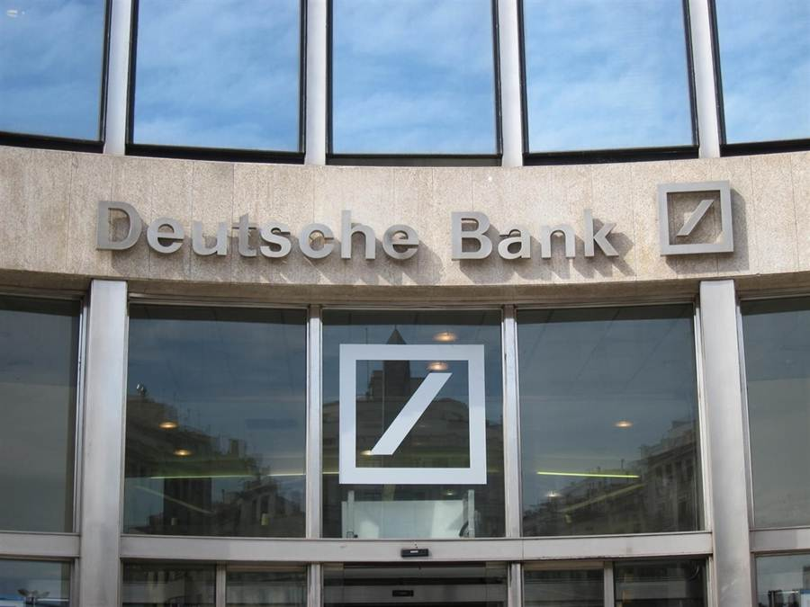 Deutsche bank pone en venta su filial en espa a por unos 2 for Deutsche bank oficinas