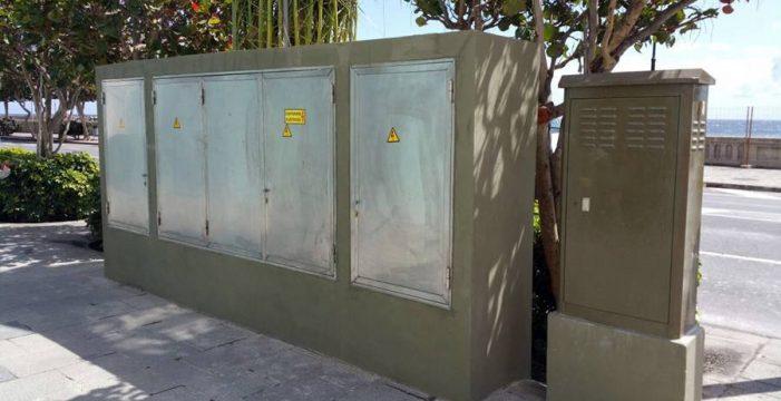 Patrimonio obliga a retirar el cuadro eléctrico de la avenida Marítima