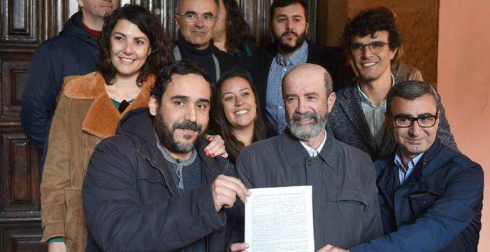 """Unid@s se puede, harto de la """"confusión"""" del PSOE  con la moción de censura"""