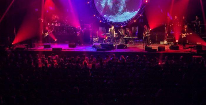 Doce músicos en escena para revivir el espíritu de Pink Floyd