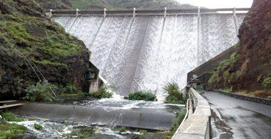Greenpeace denuncia que Canarias, entre otras comunidades, incumple la normativa de agua