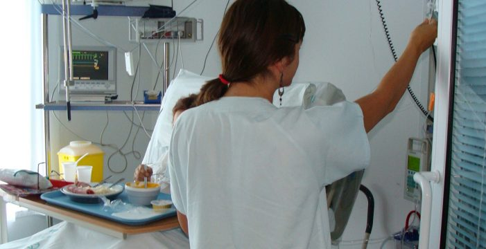 Piden que se reconozca la prestación de riesgo para enfermeras embarazadas