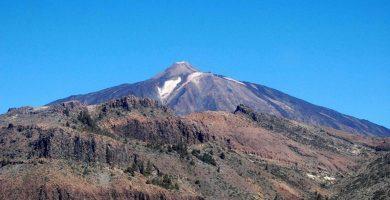 Evacúan a un senderista en estado grave que se desmayó en el Teide