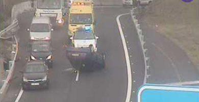 Vuelca un vehículo en la TF-4, Santa Cruz de Tenerife