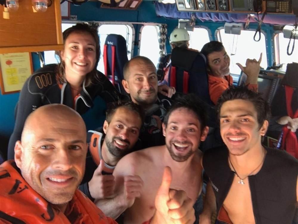 foto con los rescatados Salvamento