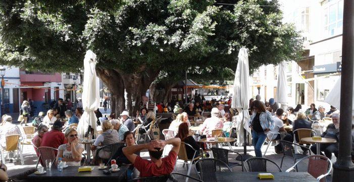 Termina la barra libre de impuestos por ocupar la vía pública en Los Llanos